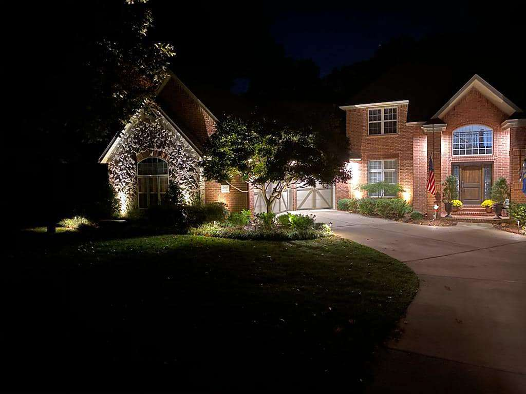 CJs Electric residential outdoor lighting